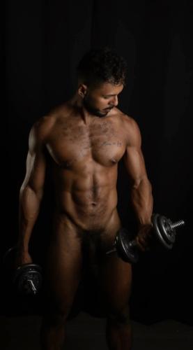 milo madera fit nude